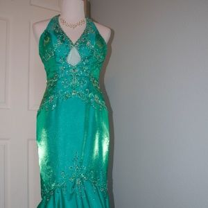 Mori Lee Size 6 Green Mermaid Style Prom/Pageant